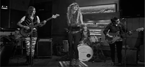 "Video: The Mynabirds ""Generals"""